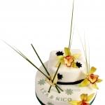 Hochzeitstorte Weiss Gruen Mit Ikebana Deko Lea U Nico IMG 6928 WEB